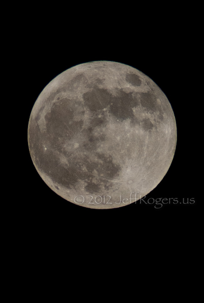 Supermoon full moon May 5, 2012